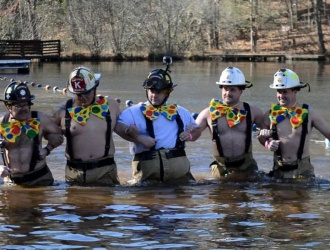 Travelers Rest firefighters to take icy plunge Saturday