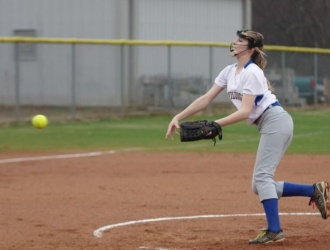 Devildog softball gets big win over Emerald