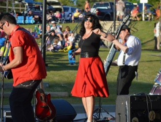 06/10/17 (Saturday) - Trailblazer Park: Music in the Park with Honey & the Hot Rods