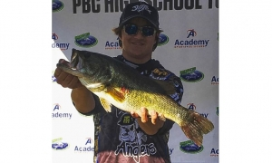 Devildog angler Oakley Connor named to 2017 Bassmaster All-state team