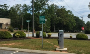 Travelers Rest installs electric vehicle charging station
