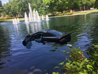 No injuries reported after driver ends up in Furman fountain
