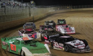 Fastrak Late Models to make season debut at T.R. Speedway's 'Labor Day Blowout'