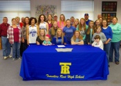 Photos: Lady Devildog Briana Dunn signs letter of intent
