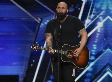 Country singer with Travelers Rest ties to perform tonight on 'America's Got Talent'